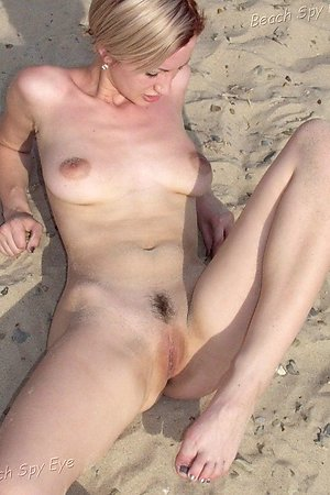 Nudist pussy so open at beach