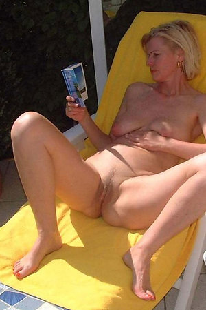 Naked nudist mommies near their houses