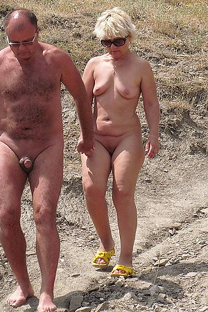 Naturist moms nad grannies on nude beach