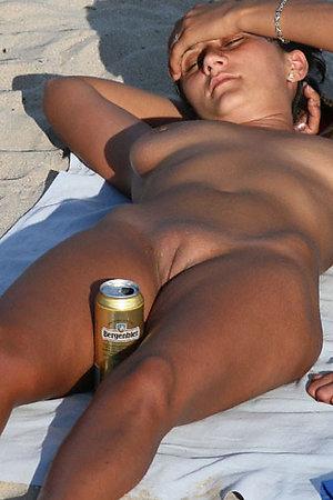 A nude lady at the Koh Phangan