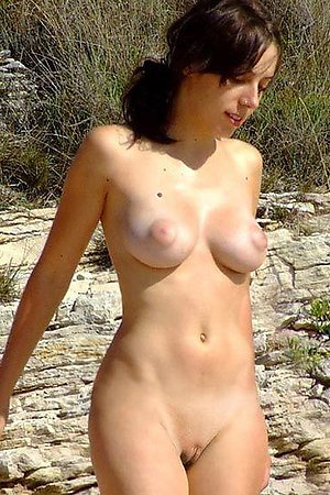 A shaved cutie at the Benalnatura