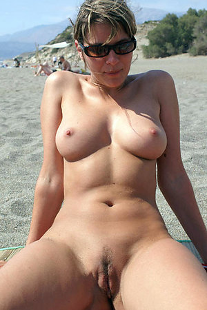 Shocking hi-res pictures from the free nudist beach