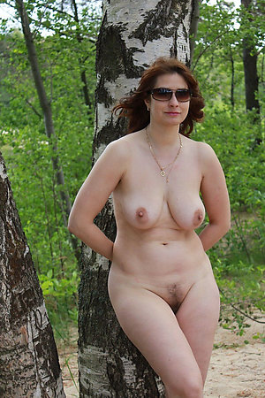 Nudist older ladies trying themselves as an erotic models