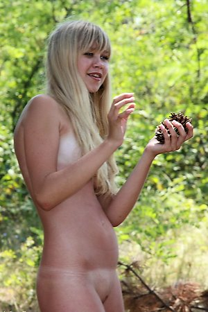 so seemly naked girls spreads legs on the beaches of Crimea