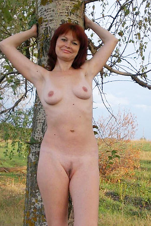 Amateur nudists try assfucking in public