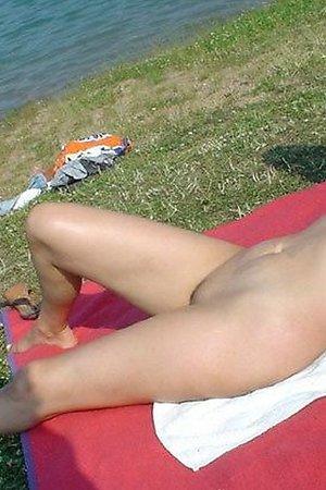 Fem nudists son nudist beach photos