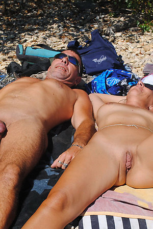 Nudist moms and grannies showing pussy