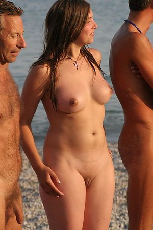 A bikini cutie going topless on the Mazo