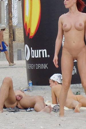 A busty slut at the Hanauma