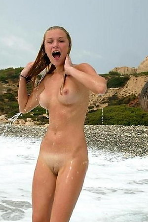 Naked On The Beach! Gallery #129