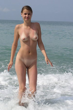 Naked On The Beach! Gallery #40