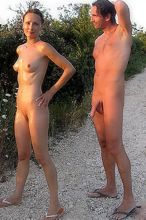 Real life amateur girlfriends and nudists in homemade pictures