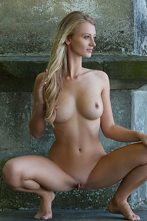 Professional and amateur models posing nude outdoors