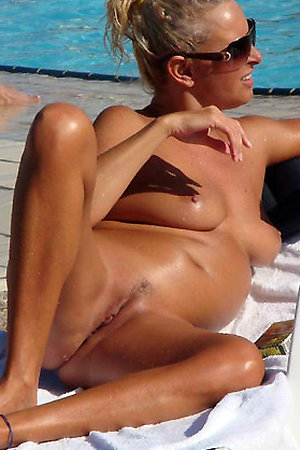 They a sunbathes fully nude