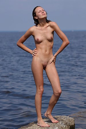 without complexes girls nudists spreads legs