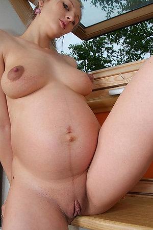 Nudist pregnant dames also need sex
