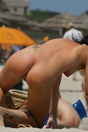 Great collection of nudist pretty woman, nude beach woman, sexy nude woman at nudist beach