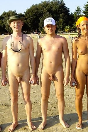 Naked life style of horny nudists