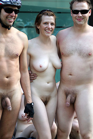 Real amateur nudists in public